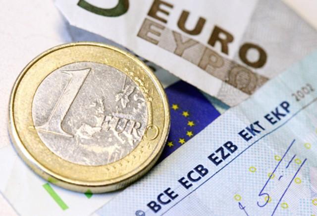 Евро на максимуме с 2014