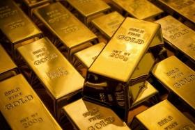 Цены на золото растут на
