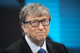 Безос уступил Гейтсу